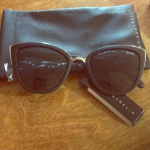 Quay Australia Accessories - NWT Quay sunglasses